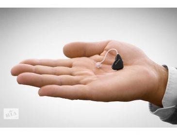 Допоможіть маленькій Златочці врятувати слух