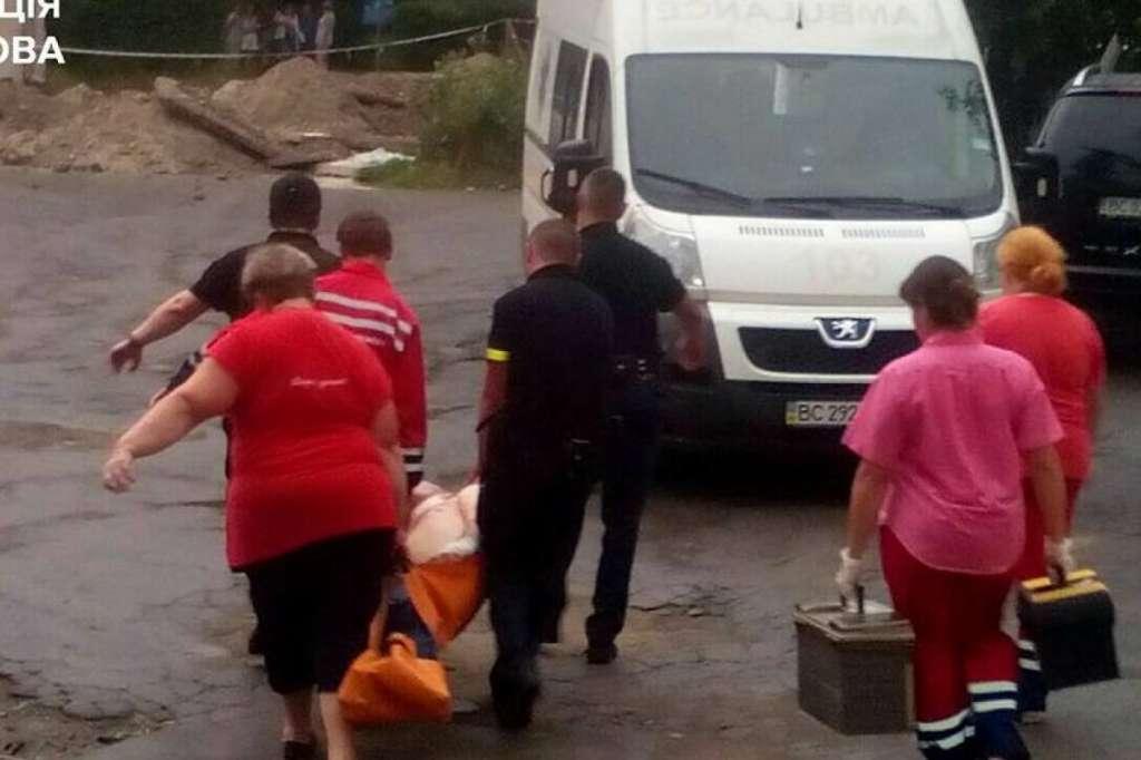 Захоплення заручників у психлікарні Львова: з'явились нові моторошні подробиці різанини (Відео)