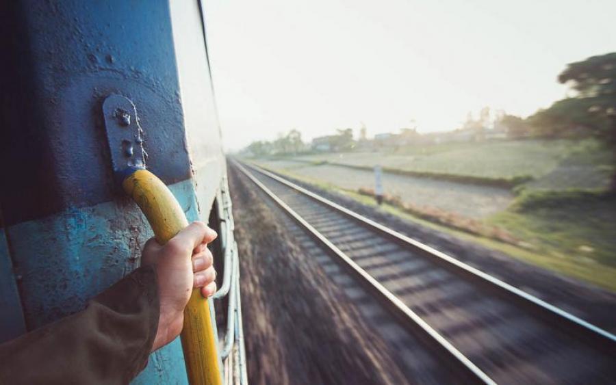 Трагічна смерть студентки у поїзді: у поліції розповіли моторошні подробиці, від яких мозок закипає