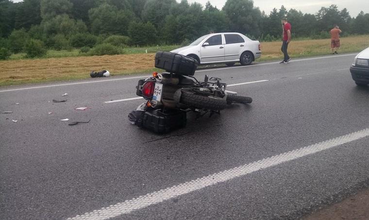 Вантажівка розчавила його! На Львівщині сталась жахлива ДТП, її причина шокує