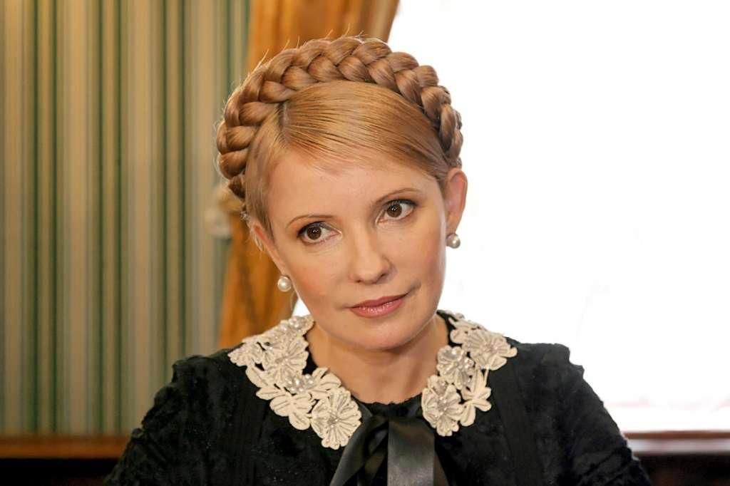 Тепер зрозуміло в кого вона така: А ви бачили маму Юлії Тимошенко? У вас просто відніме дар мови ця красуня