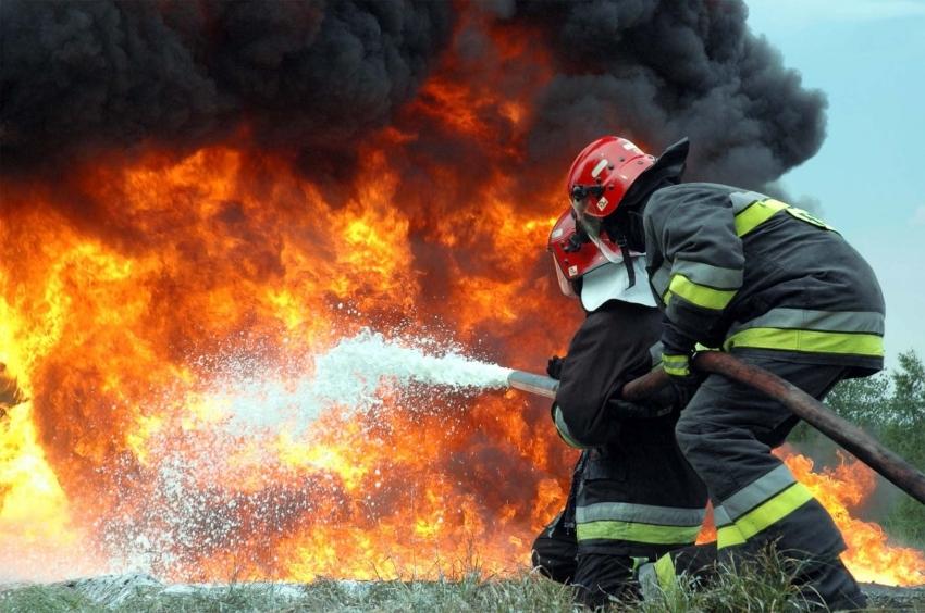 """""""Там було пекло!"""": У Дніпрі в багатоповерхівці прогримів потужний вибух. Є жертви"""