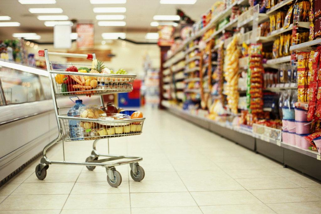 Отримав зарплату – віддай за продукти! Новий стрімкий ріст цін не дає оговтатись гаманцям. Ви тільки подивіться на ці цифри
