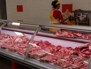 Ви в м'ясному магазині давно були? Повідомили критичну інформацію про значне збільшення ціни на м'ясо і не тільки, точно сядете на дієту