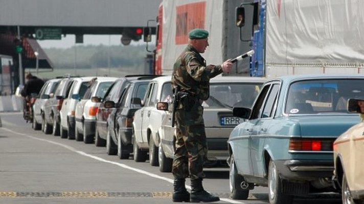Кому доведеться платити мільйонні штрафи за авто з іноземними номерами. Закон, який шокує кожного водія