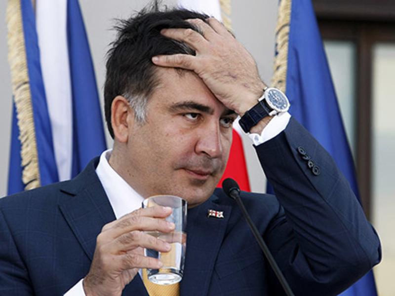 Ще і перебирає… Саакашвілі запропонували громадянство в європейській країні. Відповідь шокувала всіх