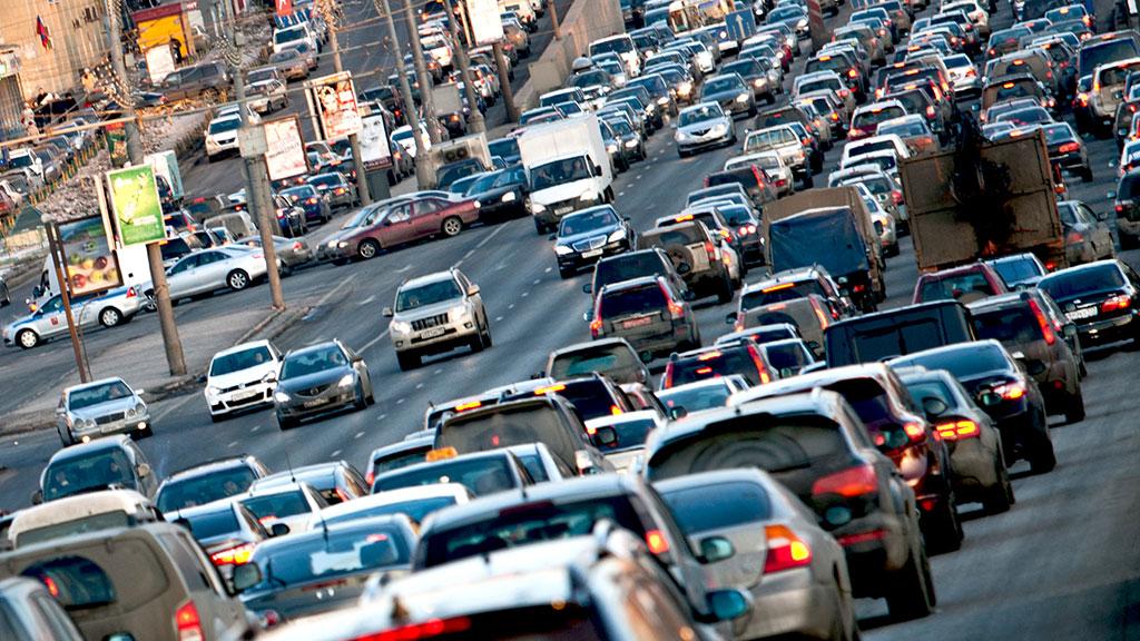 УВАГА ВОДІЇ! З 20 серпня почнуть діяти нові правила проїзду у центральній частині міста. У вас щелепа відвисне від цих новинок!