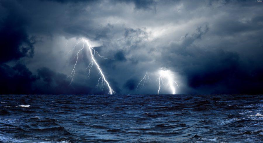 ТЕРМІНОВО!!! У Криму оголошено серйозне штормове попередження. На півострів насувається щось СТРАШНЕ