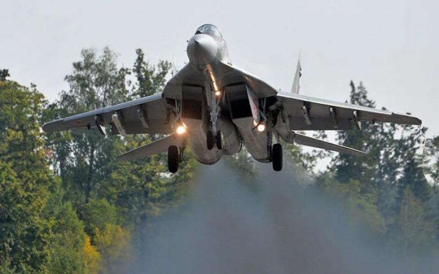 Почалося! Російські літаки вторглися в Литву… Там таке коїться