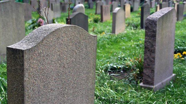 Містика? Британка повідомила про свою смерть за три дні до звірячого вбивства, деталі не для слабких