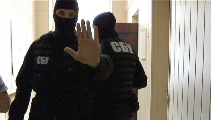 """ТЕРМІНОВО!!! Суд заарештував приміщення каналу """"1+1"""", там ТАКЕ коїться"""