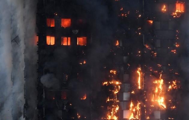 ТЕРМІНОВО!!! У Києві в багатоповерхівці сталася страшна пожежа, в якій загинула дитина