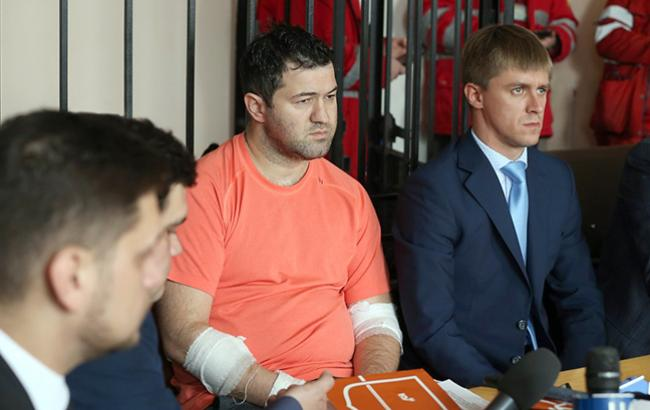 """Як """"хворий"""" Насіров розслабляється в наймоднішому клубі Києва. Тільки подивіться з ким він і що витворяє…"""