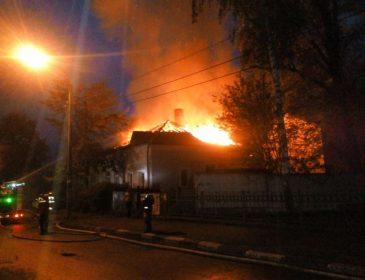 Страшна трагедія! Підпалили будинок відомого депутата, подробиці інциденту шокують