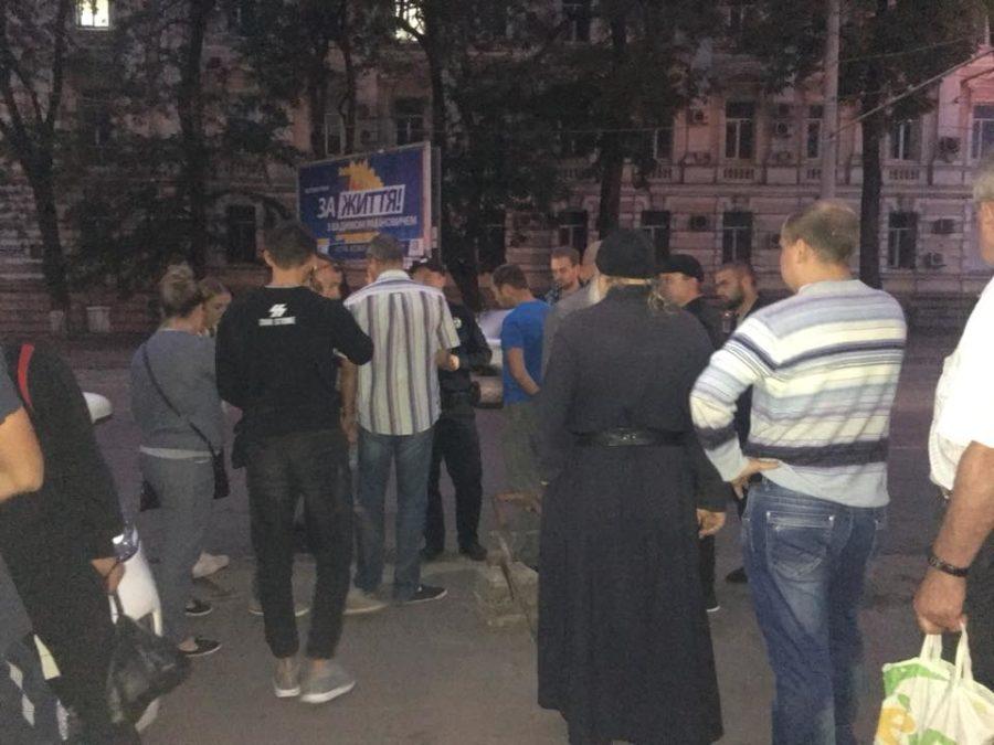 «Московські попи підтягнули тітушек»: Одеський конфлікт підняв на ноги всю країну. Що вони собі дозволяють?