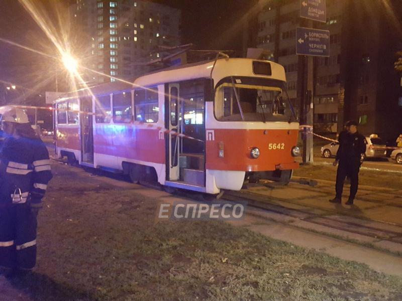 Вона терпить жахливі муки!!! У Харкові жінка потрапила під трамвай