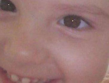 Їй лише 4 роки роки, а вона терпить страшні муки: допоможіть маленькій Олі стати на ноги