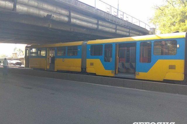 Там було справжнє пекло!!! В Миколаєві озброєна парочка розстріляла трамвай