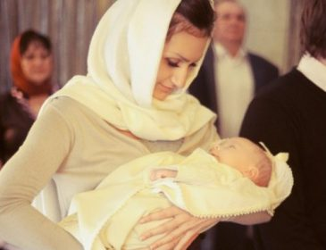 Повинна знати кожна жінка! Що входить в обов'язки хрещеної матері. Такого ви точно не знали