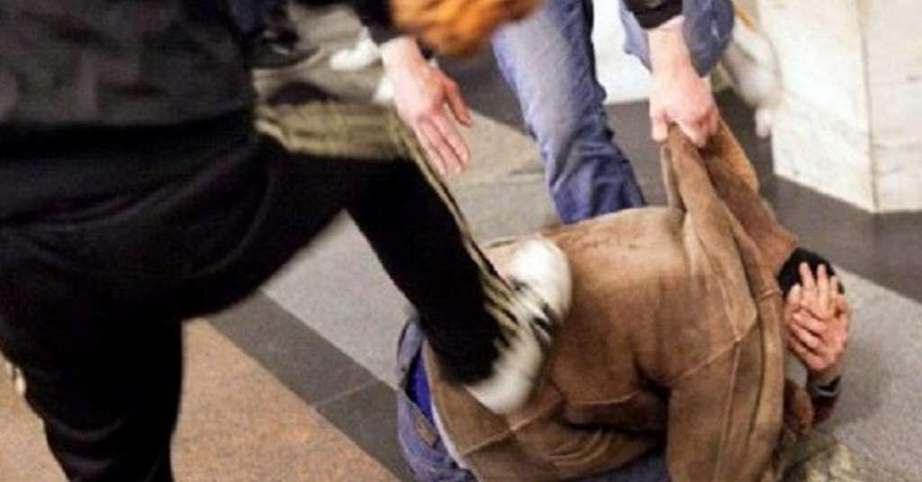 Танцював голий за випивку: на Харківщині група молодиків жорстоко познущалася, а потім по-звірськи вбила чоловіка