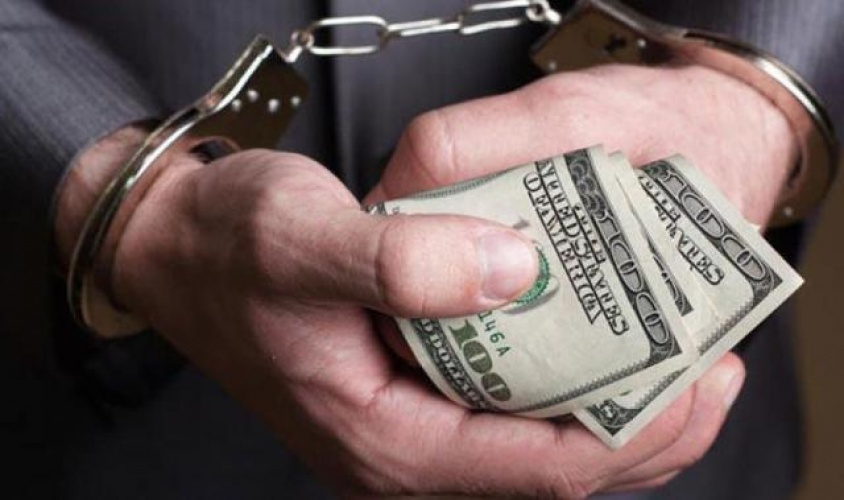 Прокуратура затримала при спробі дати хабаря начальника пенітенціарної установи
