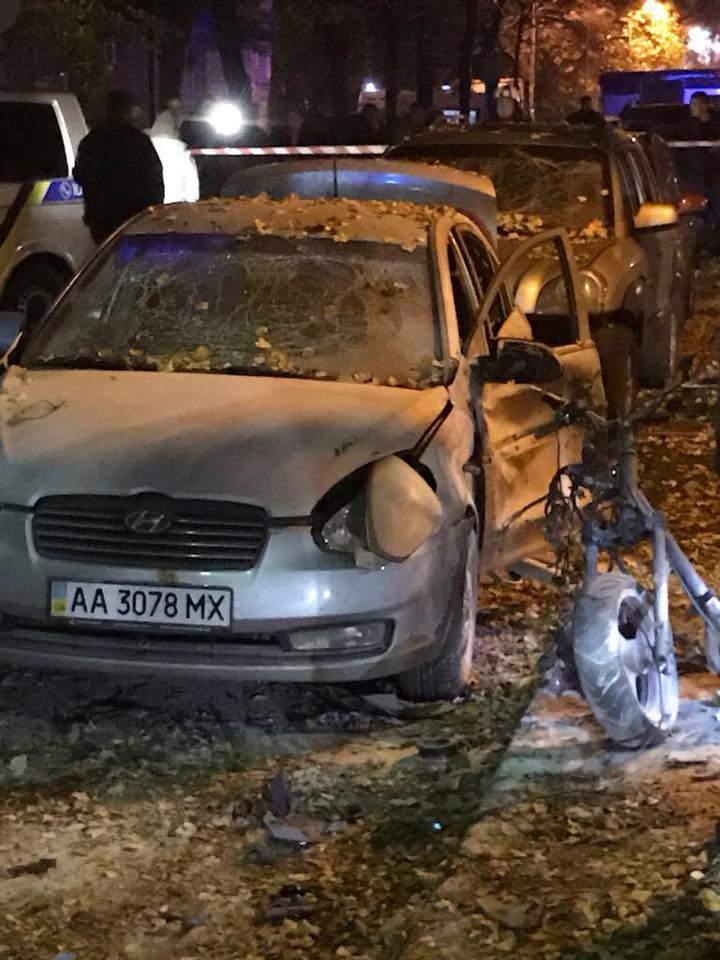"""""""Стікав і захлинався кров'ю"""": Очевидиця розповіла подробиці смерті охоронця Мосійчука"""