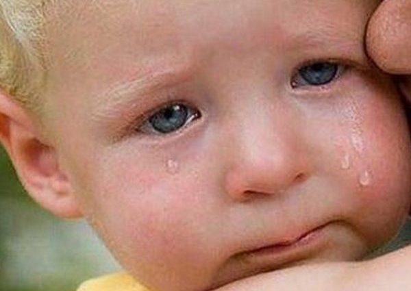 """""""Ваварські методи"""": багатодітний батько виховував дітей за допомогою запальнички, припалюючи їм пальці"""