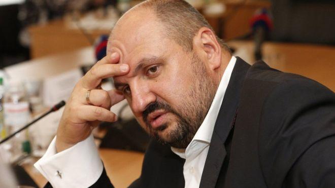 """""""Із золотом і діамантами"""": В аеропорту затримали Розенблата, який намагався покинути Україну"""