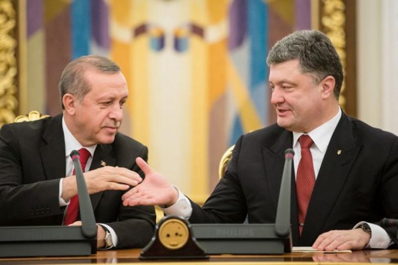 Розмова за зачиненими дверима: Стало відомо, про що говорив Порошенко з Ердоганом