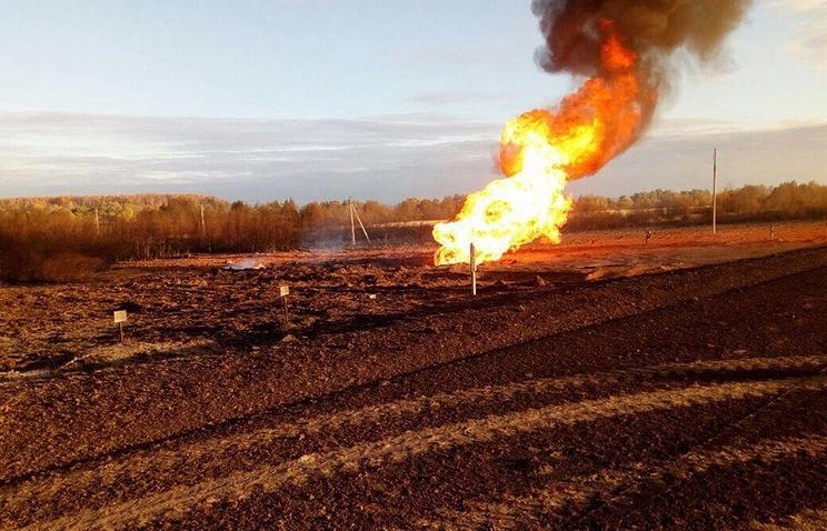 20-метровий стовп вогню: Вибухнув магістральний газопровід (ВІДЕО)