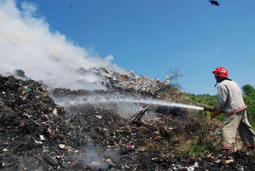 На скандальному Грибовицькому сміттєзвалищі знову сталася пожежа