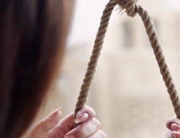 Вона стала шостою: під Вінницею повісилася 22-річна дівчина