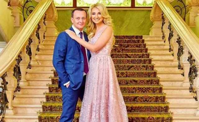 """""""На руках у Данилюка"""": Деталі розкішного весілля заступниці міністра"""
