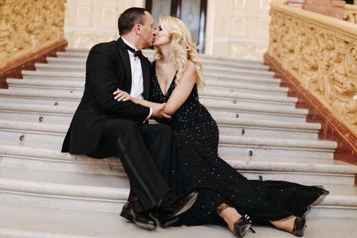 """Каблучка вартістю """"30 мінімалок"""": Декларація заступника міністра юстиції після розкішного весілля"""