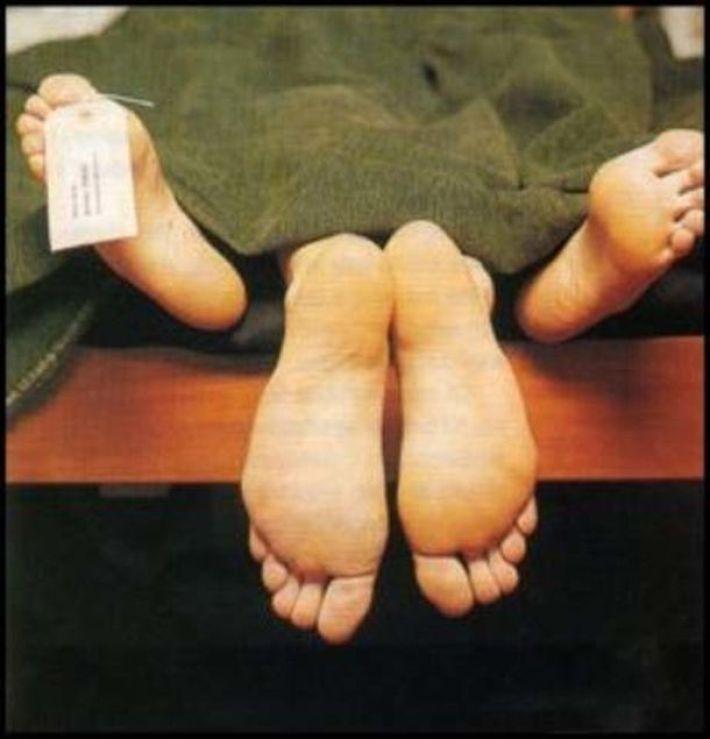 """""""Не змогла встояти і почала задовольняти свої фізичні потреби"""": робітниця моргу завагітніла від трупа"""