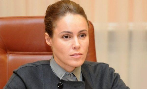 «Регіонская к*рва»: Королевська розлютила українців своїми статками
