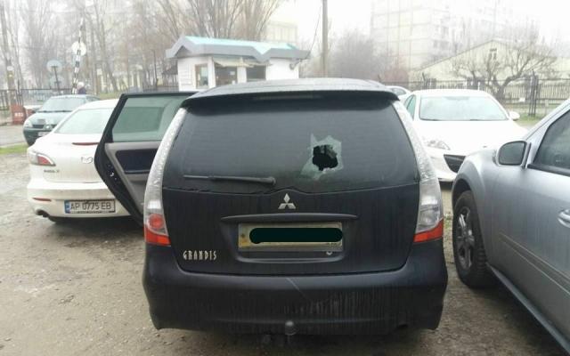 У Запоріжжі невідомі напали на депутата (ФОТО)