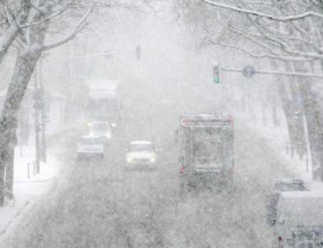 """""""Є загиблі і постраждалі"""": повідомили наслідки жахливих снігопадів"""