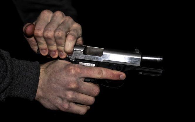 Чоловік розстріляв двох колег з автомагазину, а потім застрелився сам
