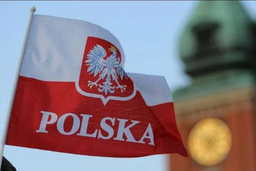 Президент підписав! Нові правила працевлаштування іноземців у Польщі