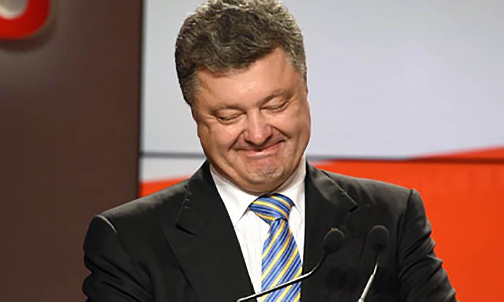 Всього лише 45 тисяч гривень! Порошенко розлютив українців новим аксесуаром