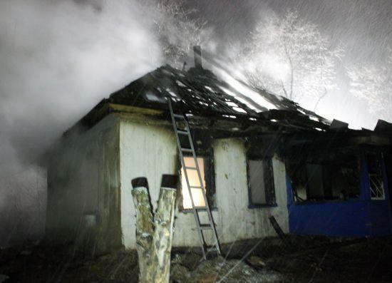 Бездиханні тіла знайшли на згарищі: Страшна трагедія у Черкасах забрала життя чотирьох дітей