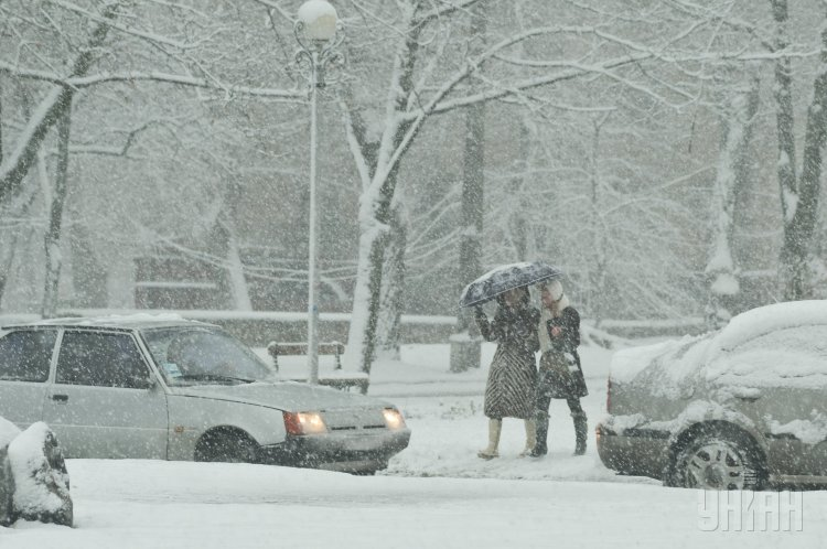 """""""Можна вигулювати нову шубу…"""": Синоптик розповіла про морози та опади, які насуваються на Україну"""