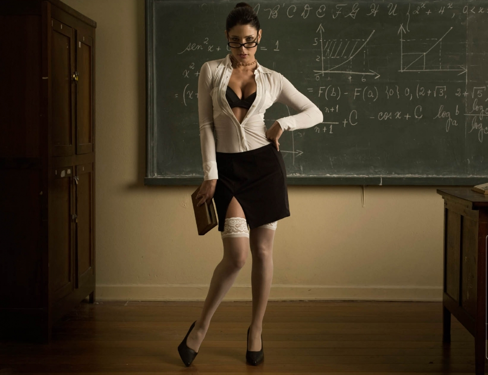 Fuckable teacher in glasses Nikki Sexx stripping in the classroom № 505526  скачать