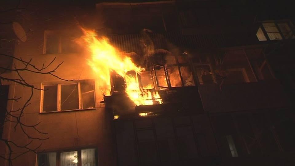 До ліквідації залучили: Під час нічної пожежі постраждала власниця будинку