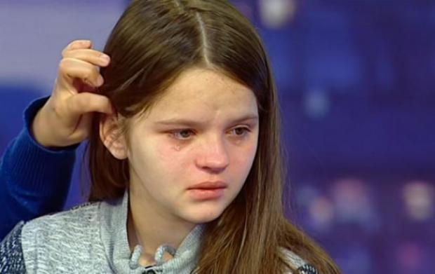Виживають як можуть: стало відомо в яких умовах живе 12-річна породілля з Борислава