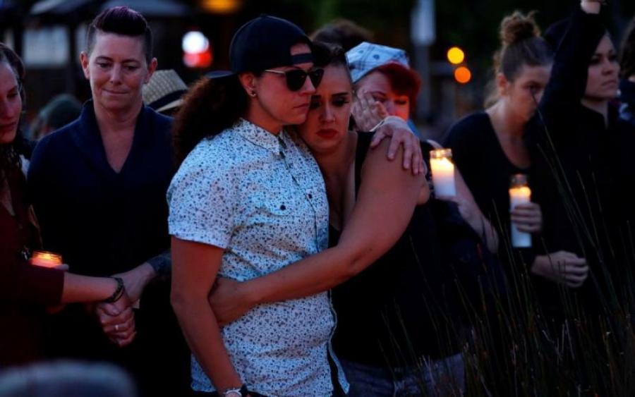 """""""Щонайменше десять людей загинули і шестеро…"""": невідомі відкрили стрілянину в популярному клубі"""