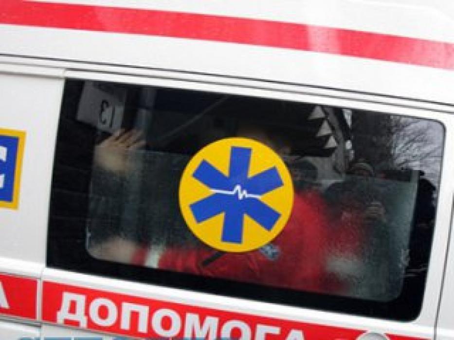 Просто сиділи в машині і спостерігали як помирає: в Одесі бригада швидкої приїхала на виклик п'яною