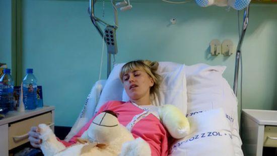 """""""Вони хотіли розрізати машину болгаркою, але власник…"""": У Польщі українка втратила руку, працюючи в пральні"""
