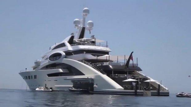 Яке відношення має невістка Порошенка до «курячого магната» Косюка і чому він отримує бюджетні гроші на нові яхти